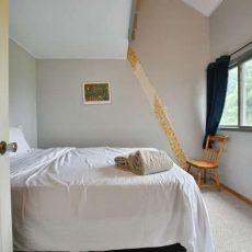 148 Campbell Crescent The Blue-small-042-35-Bedroom-666x444-72dpi
