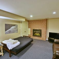 148 Campbell Crescent The Blue-small-047-45-Family Room-666x444-72dpi
